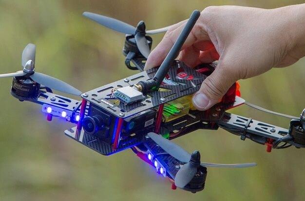 RC Drone Nedir ? Kendi RC Dronumu Nasıl Yaparım ?